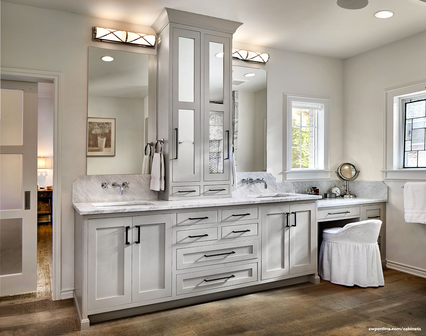 Projects: Vanities - COAST TO COAST CABINETS