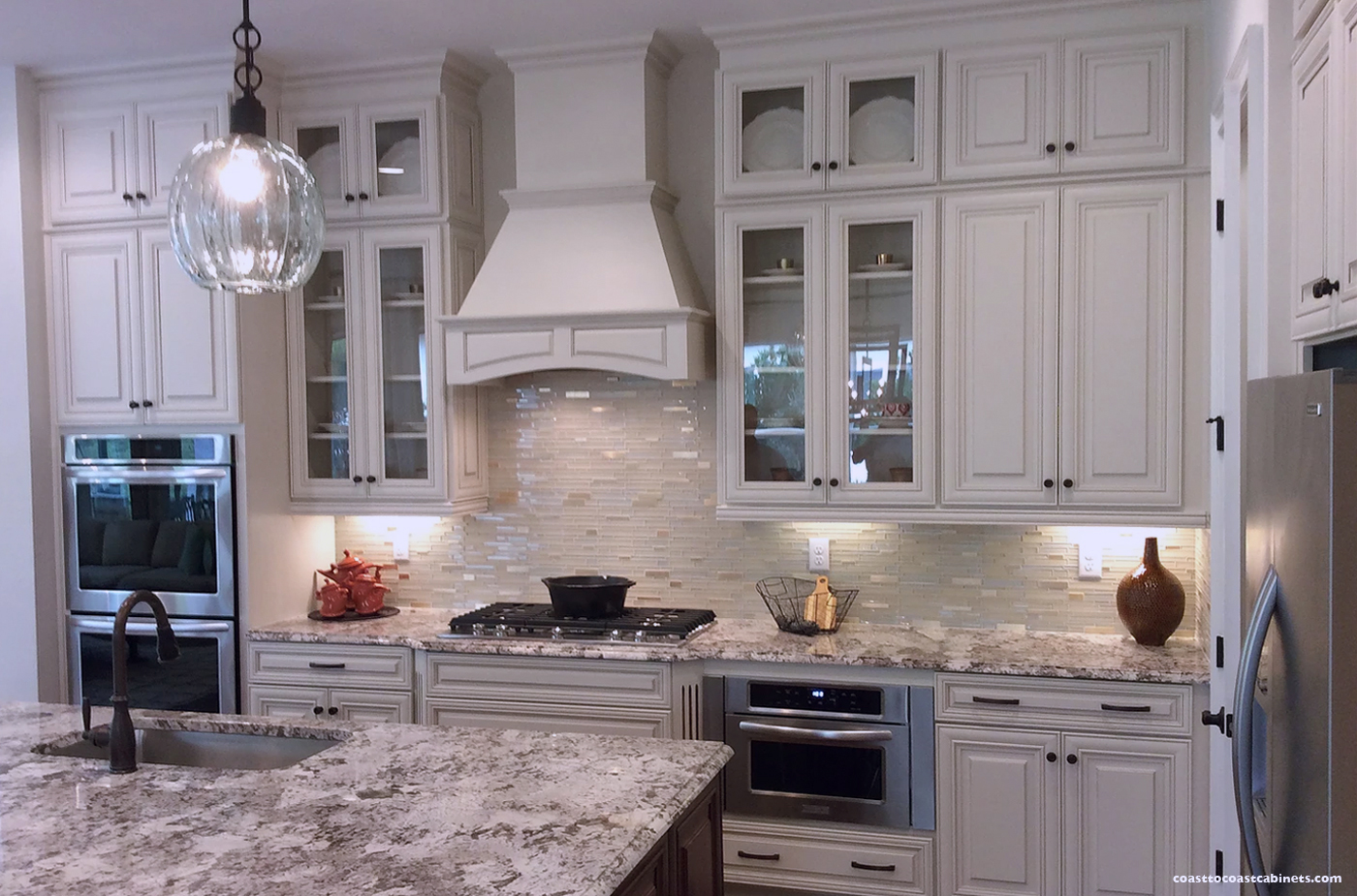 Project 4: White Cabinet KItchens - COAST TO COAST CABINETS